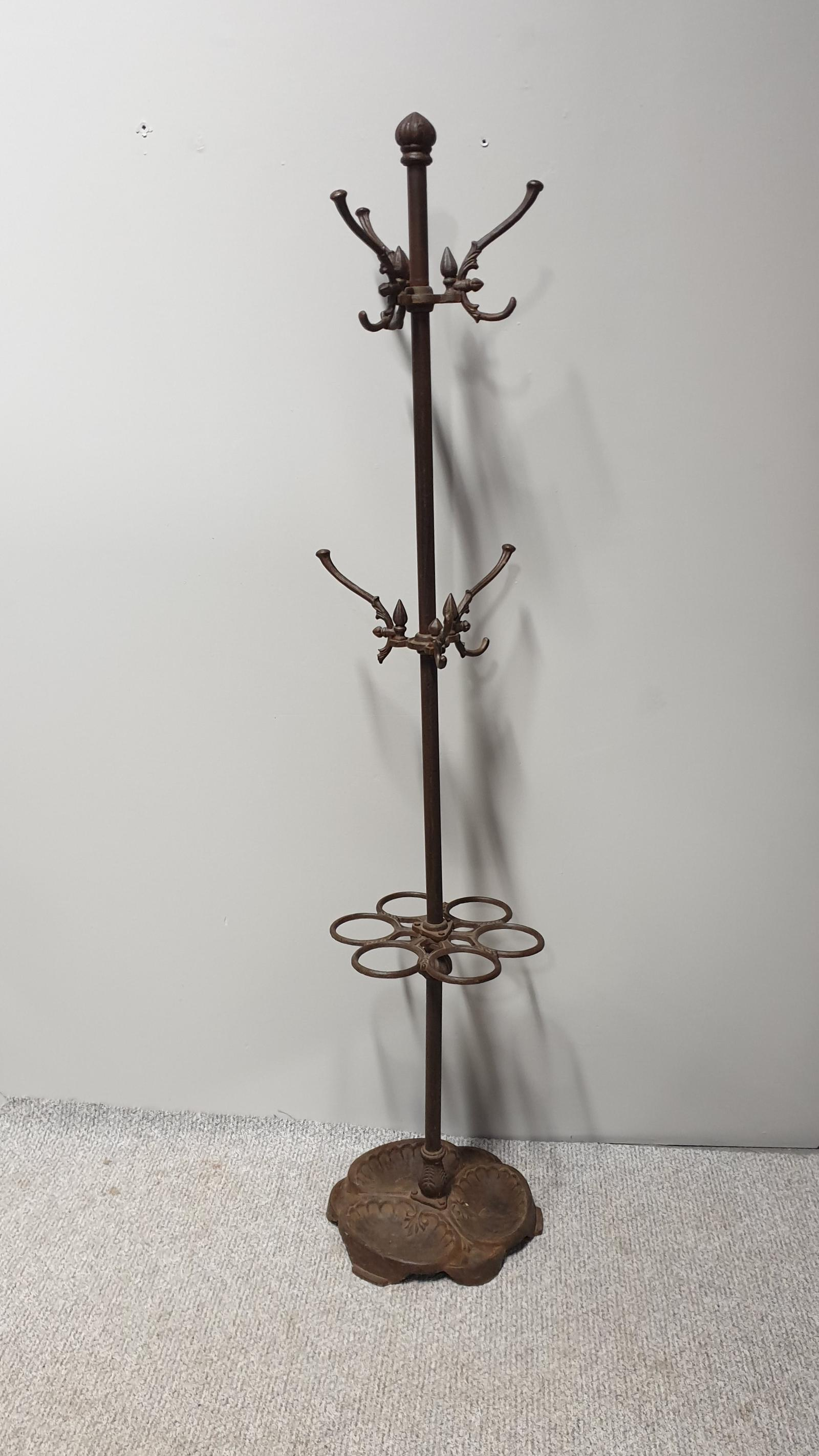 Cast Iron Coat Stand (1 of 1)