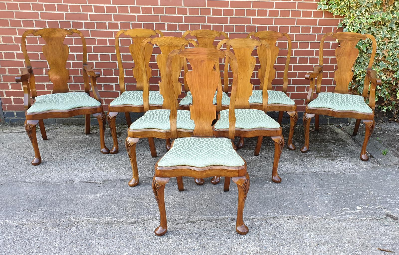 Top Quality Set of Eight Walnut Dining Chairs (1 of 1)