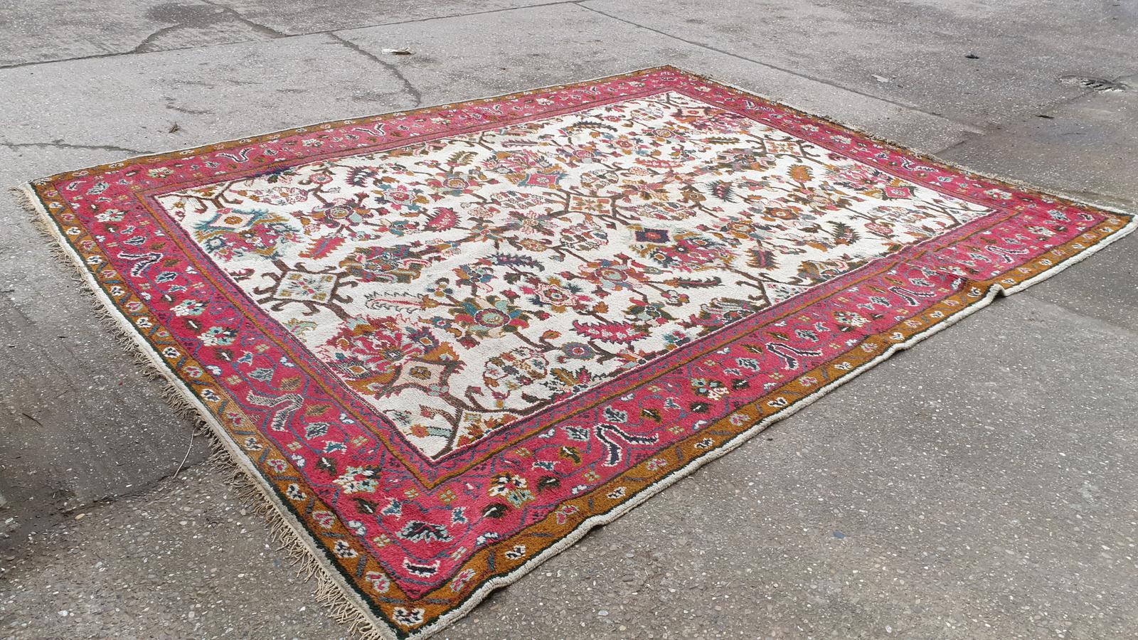 Large Woolen Carpet (1 of 1)