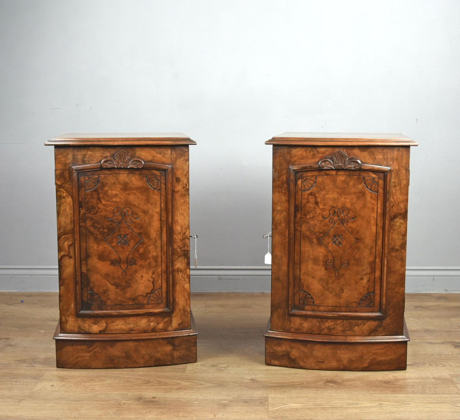 Fine Pair of Victorian Burr Walnut Bedside Cabinets (1 of 1)