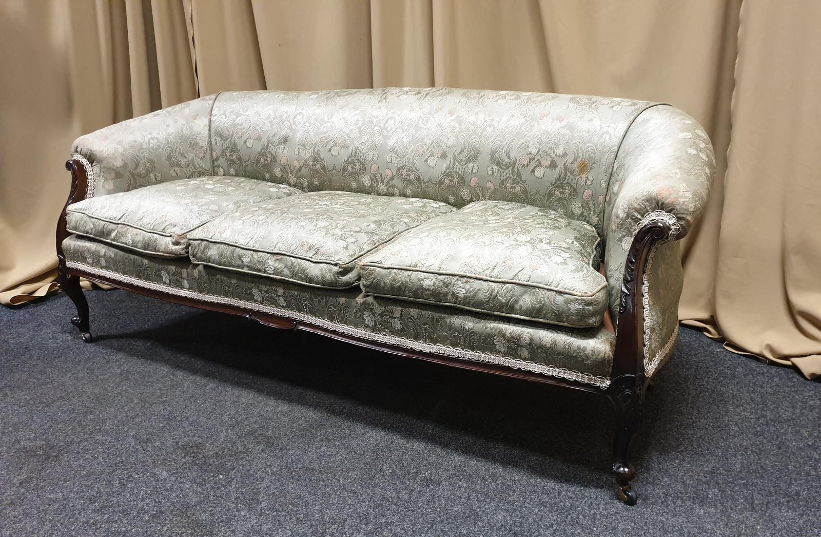 Good Victorian Mahogany Chesterfield Sofa (1 of 1)