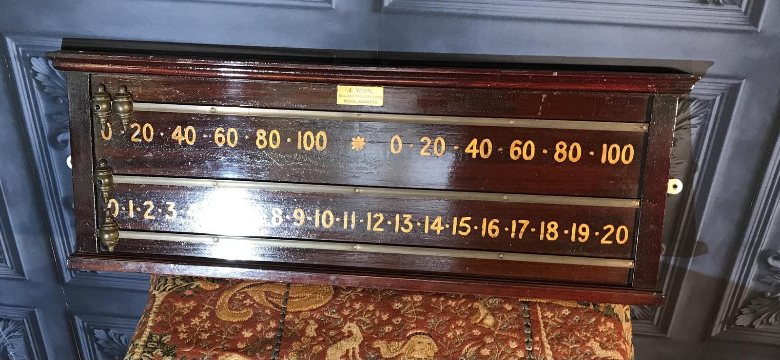 Edwardian Snooker Scoreboard (1 of 1)