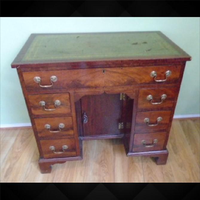 Nineteenth Century Mahogany Kneehole Desk (1 of 1)