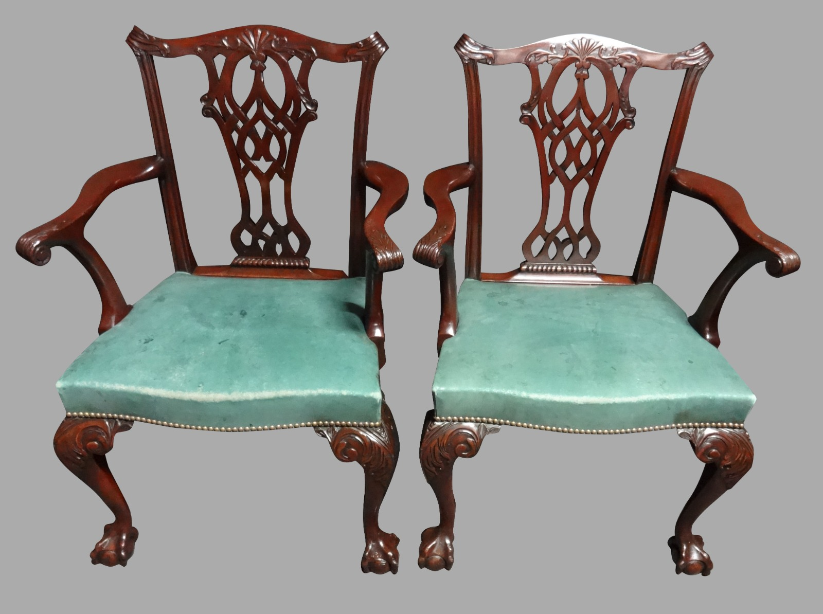 Good Pair of Mahogany Chippendale Carver Chairs (1 of 1)