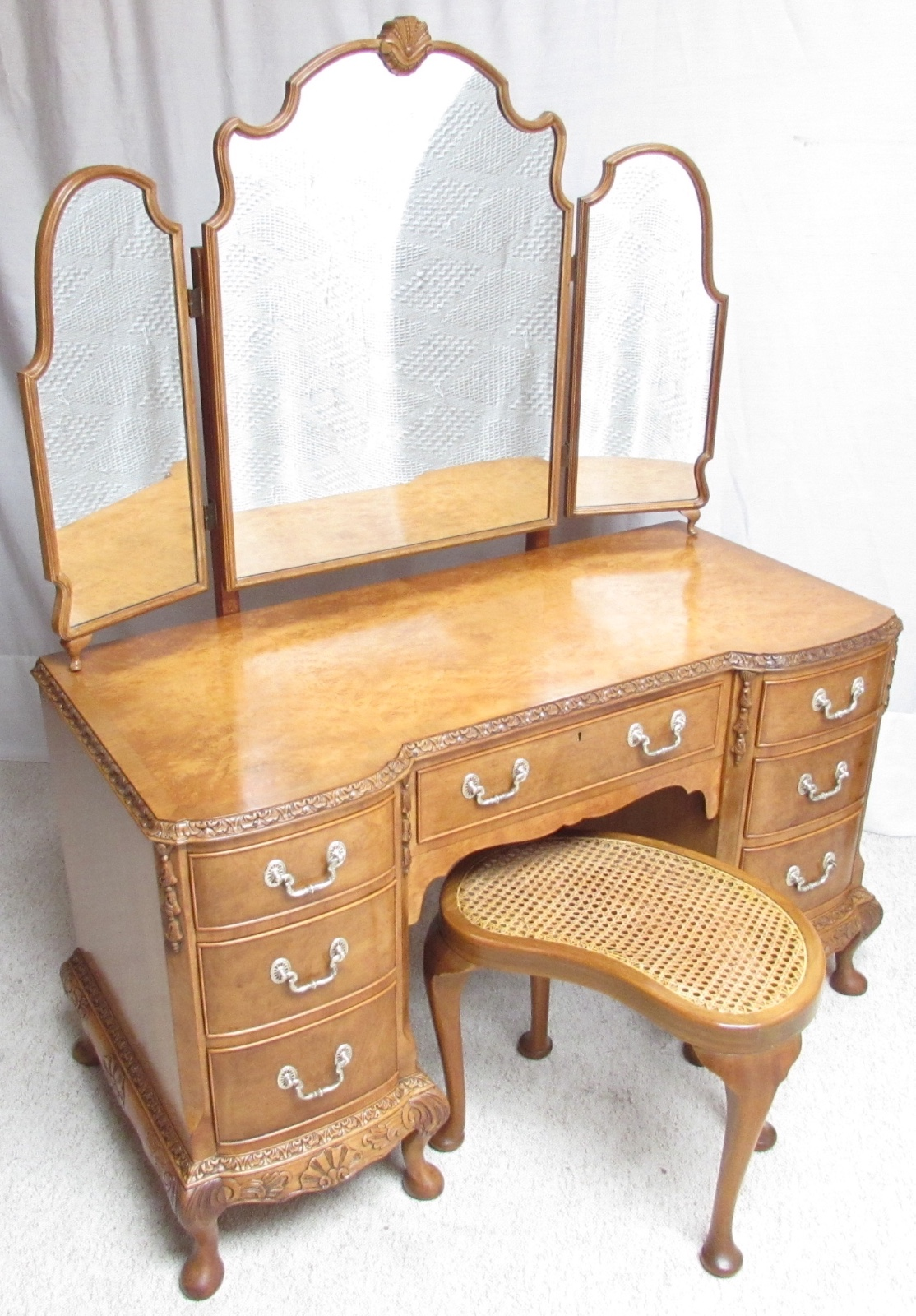 Sussex Antiques and Interiors image (1 of 3)