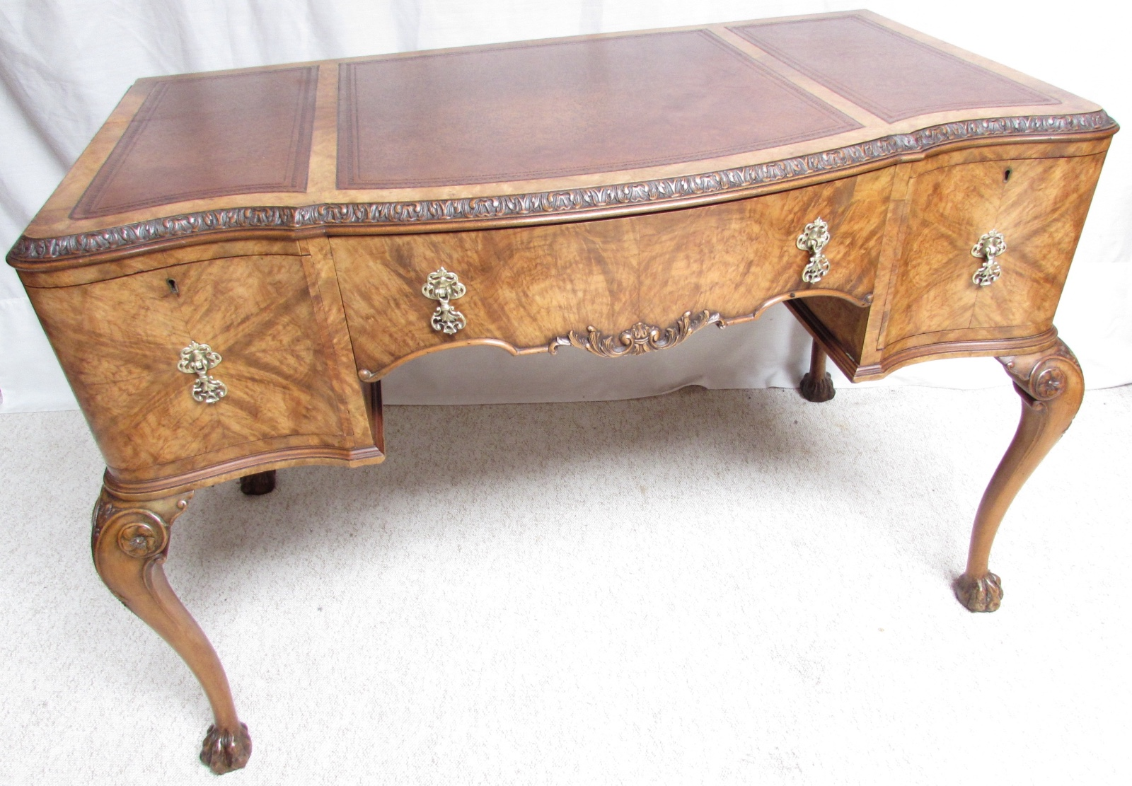 Sussex Antiques and Interiors image (2 of 3)