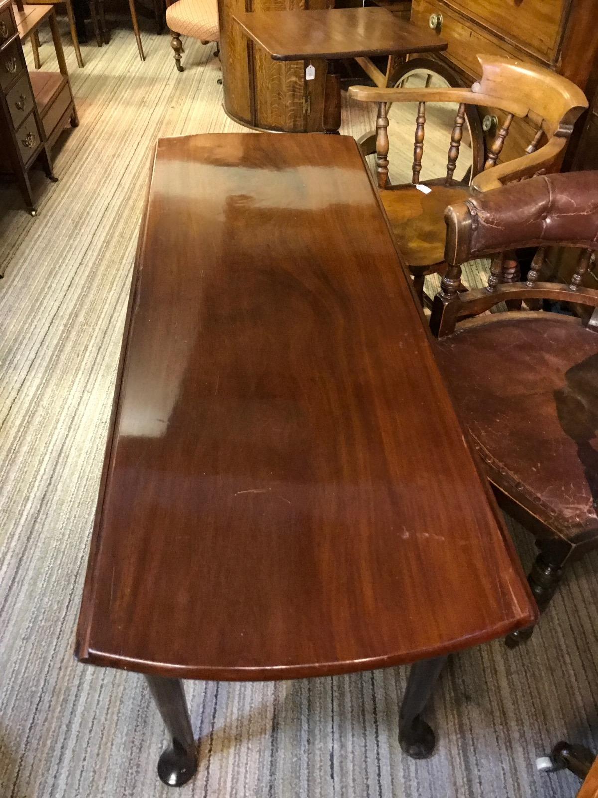 Georgian Large Drop-Leaf Dining Table (1 of 1)
