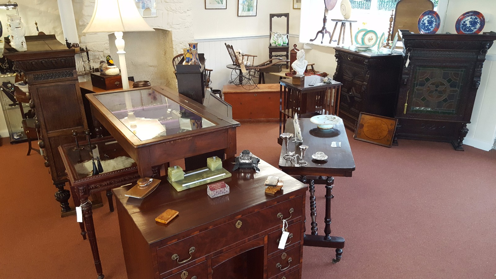 Milly's Antiques image (1 of 4)