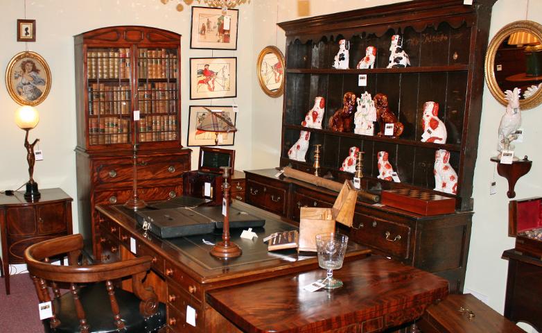 Graham Smith Antiques Ltd image (7 of 8)