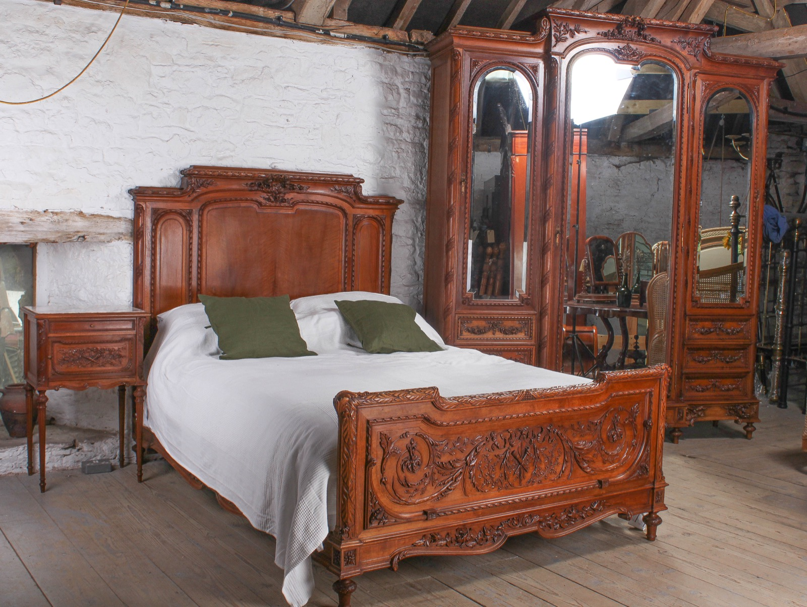 The Most Beautiful French Carved Solid Walnut Bedroom Suite With King Size Bed La227365 Loveantiques Com