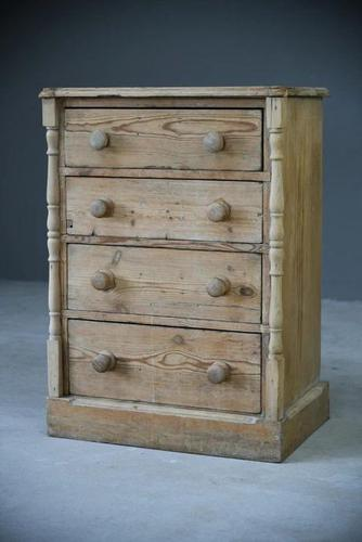 Antique Small Pine Chest of Drawers (1 of 12)