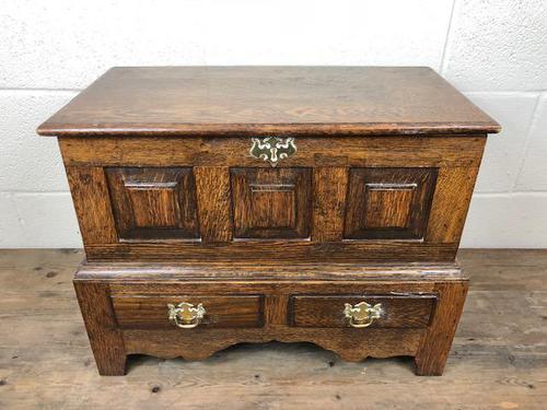 18th Century Style Welsh Oak Coffer Bach C.1930 (M-665) (1 of 11)