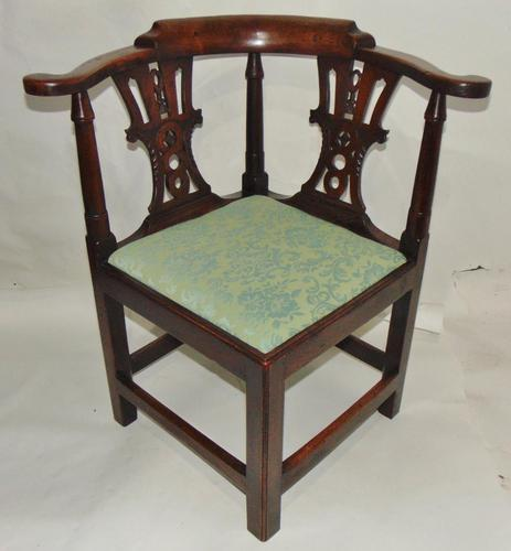 Georgian Walnut Corner Chair (1 of 7)