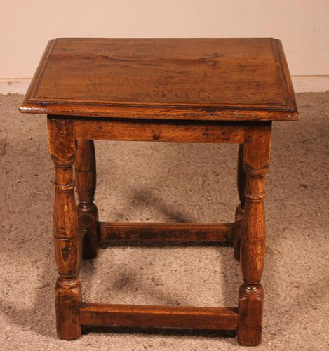 French Stool in Oak - 17th Century (1 of 10)