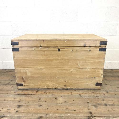 Antique Large Rustic Pine Trunk (1 of 10)