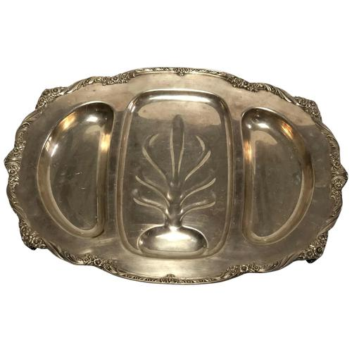 Fine Large English Georgian Revival Silver Plate Acanthus Repousse Meat Salver (1 of 12)