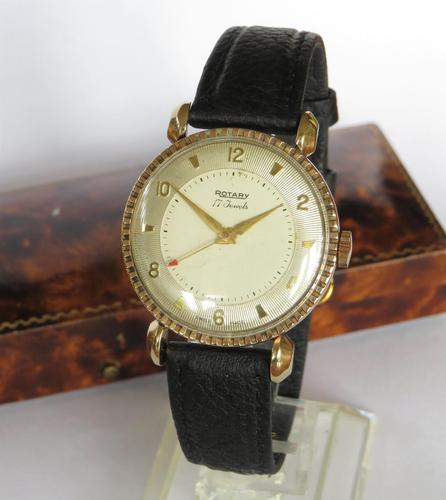 Gents 9ct Gold Rotary Wrist Watch, 1946 (1 of 6)