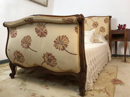 French Pair of Roll End Single Bed Frames with Slatted Bases (1 of 17)