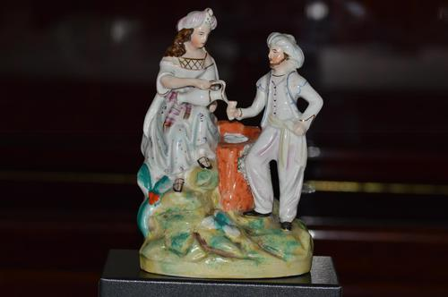 Staffordshire Thomas Parr Figure of Rebekah + Abrahams Servant by Well  1850 / 1860 (1 of 8)