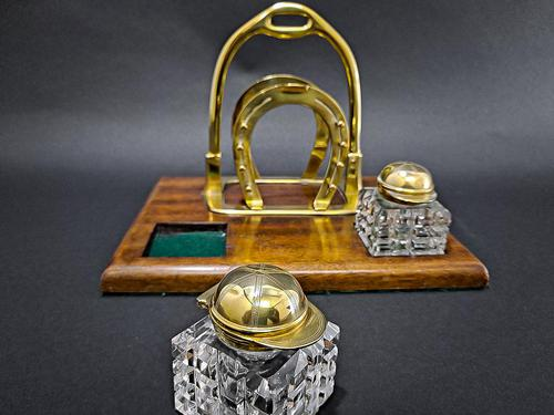 Brass Jockey Desk Tidy (1 of 6)