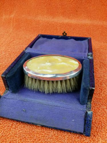 Sterling Silver Hallmarked Small Cased Clothes Brush with Faux Mother of Pearl 1927, Birmingham, G & C Ltd (1 of 12)