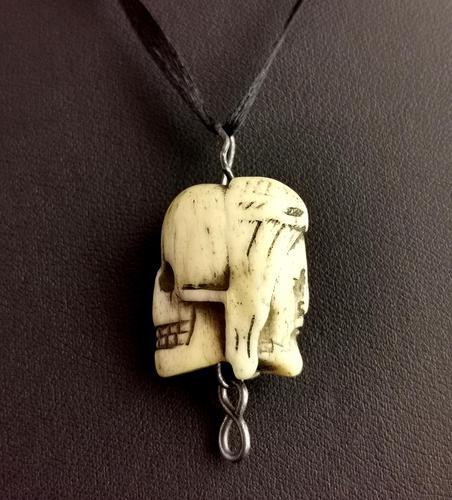 Rare Georgian Memento Mori Pendant, Skull & Jesus, 18th Century (1 of 12)