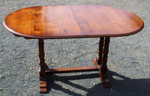 1940s Slim Oak Draw-leaf Table with 1 Leaf (1 of 3)