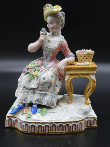 Late 19th Century Meissen Figure of a Seated Young Lady (1 of 6)