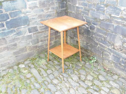Arts & Crafts Golden Oak Table (1 of 12)