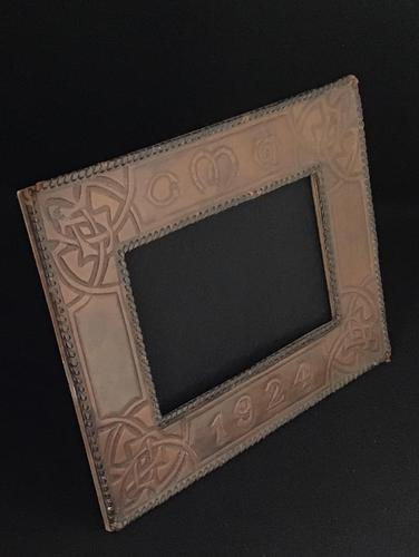 Arts and Crafts Style Leather Easel  Photo Frame c.1924 (1 of 3)