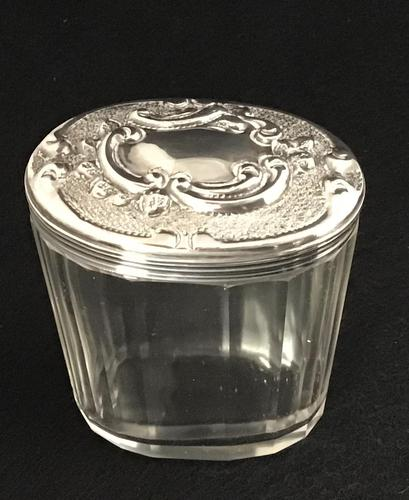 Edwardian Silver Top  and Glass Jar. (1 of 4)