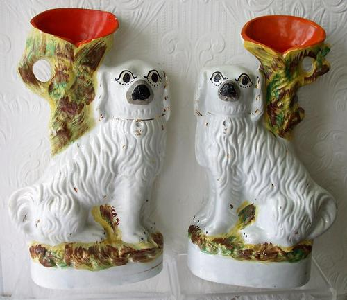 Pair of Antique English Victorian Staffordshire Pottery Spaniel Spill Vases ~ H 2526 ~ H 2527 (1 of 5)
