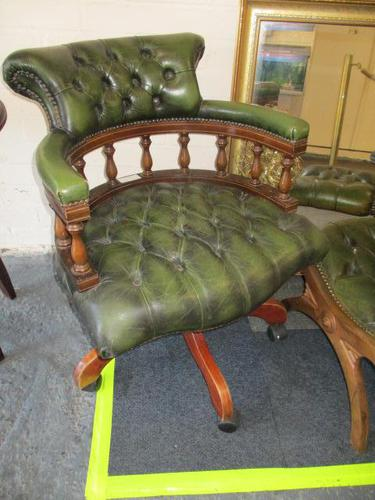 Chesterfield Revolving Leather Captains Chair (1 of 3)
