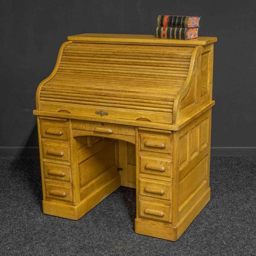 Small Oak Roll Top Desk (1 of 12)