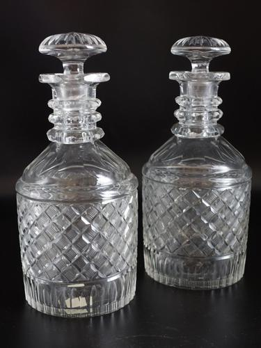 Good Pair of Georgian Mallet Shaped Decanters (1 of 5)