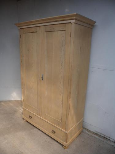 Lovely Child's Antique Pine 2 Door 1 Drawer Knockdown Wardrobe to wax / paint (1 of 11)