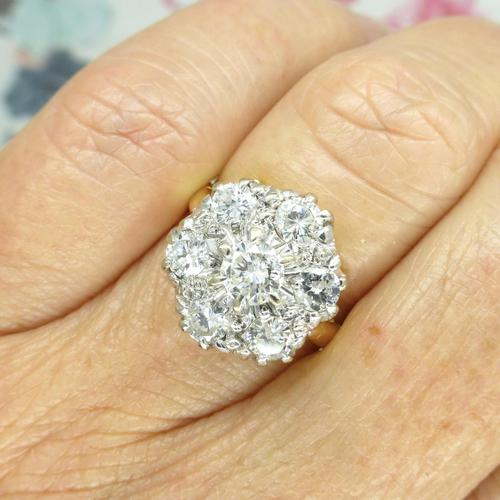 Impressive Vintage 18ct gold diamond cluster engagement ring 1.40 carat ~ With Independent Valuation (1 of 9)