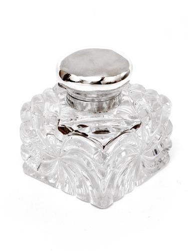 John Grinsell Silver Mounted and Cut Glass Swirl Design Inkwell (1 of 4)