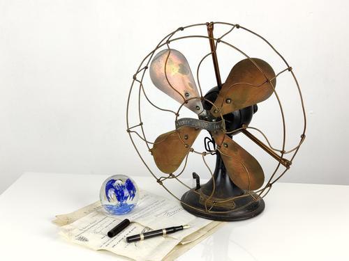 Vintage Electric Fan (1 of 7)
