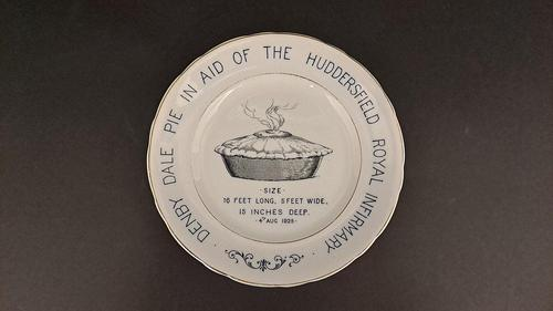 Denby Dale Pie Plate (1 of 3)