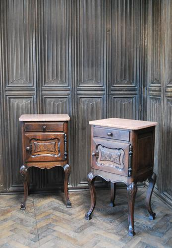Pair of Substantial Oak Bedside Cabinets (1 of 9)