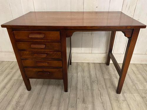 George V Desk (1 of 3)
