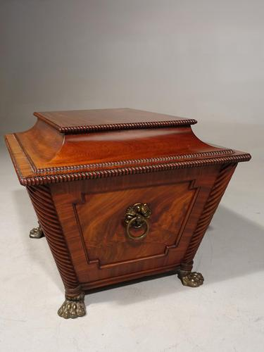 Good Regency Period Wine Cooler in the Manner of Gillows of Lancaster (1 of 6)
