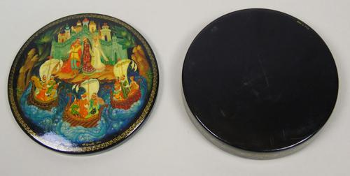 Antique Hand Painted Russian Lidded Box (1 of 9)