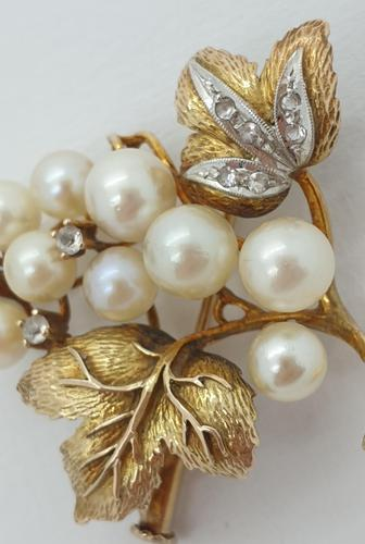 9ct Gold Pearl & Diamond Vine Brooch (1 of 4)