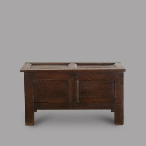 Early 18th Century Rustic Panelled Footed Oak Coffer (1 of 3)