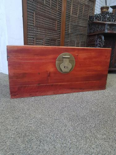 Oriental Camphor Box (1 of 9)