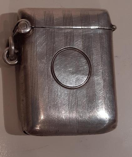 Silver Vesta Case, Hallmarked Birmingham 1921 (1 of 3)