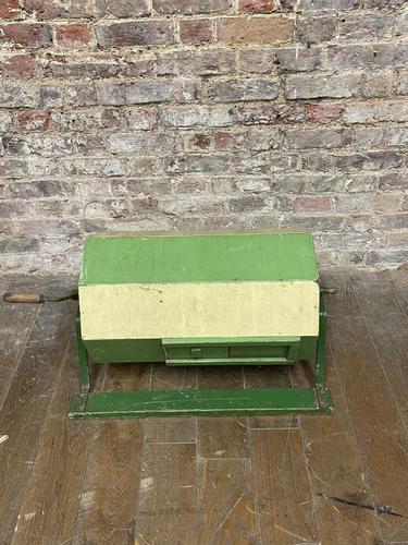 Green Vintage Tombola Drum (1 of 4)
