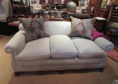 Top Quality Antique Walnut Three Seater Settee (1 of 10)
